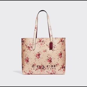 🌺COACH Highline Floral Tote In Beechwood Color